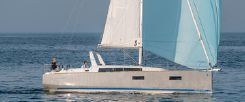 2014 Beneteau Oceanis 38 IN STOCK