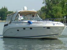2007 Rinker 370 Express Cruiser