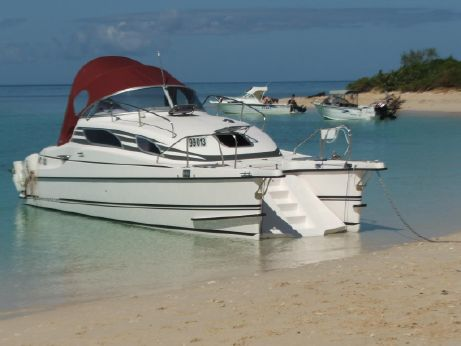 2013 Bond Yachts Motorcat MC 30