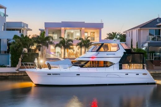 2001 Kingfisher 56 Royale