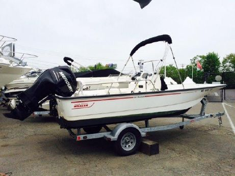 2011 Boston Whaler 190 Montauk with Trailer