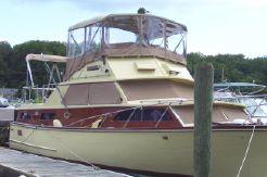 1968 Egg Harbor 37 Double Cabin Flybridge