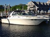 photo of 33' Sea Ray 330 Express '05 DIESELS