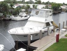 1979 Chris-Craft Commander Sport Fisherman