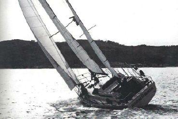 1976 Ferretti Yachts Altura 42