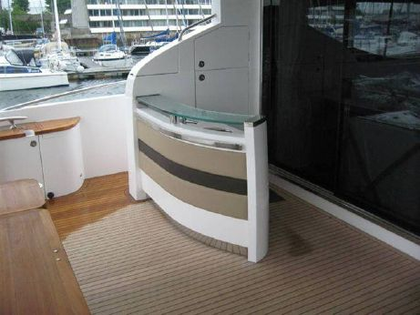 2010 Princess Yachts 85