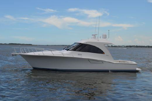 2013 Cabo Yachts 40 Hardtop Express