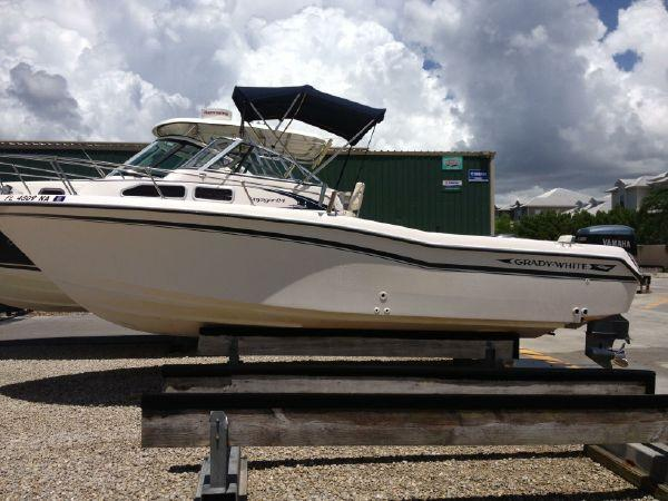 25 ft 1996 grady-white 248 voyager