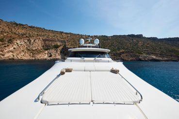 thumbnail photo 1: 2010 Ferretti Yachts Custom 33m