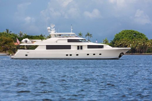 2014 Westport Raised Pilothouse