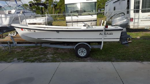 1990 Privateer 16 Bay Skiff