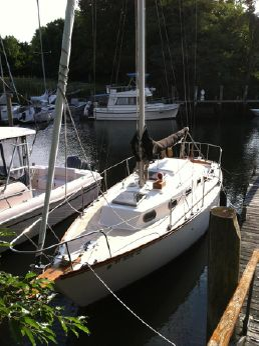 1978 Cape Dory 28