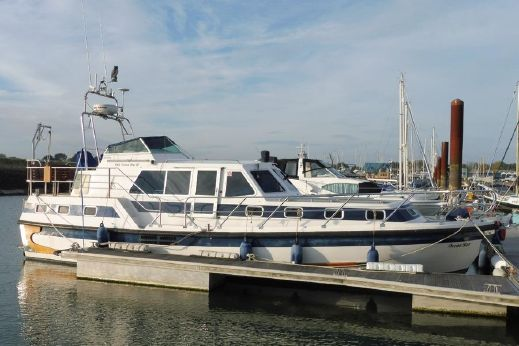 1996 Aquastar 38 Ocean Star 118