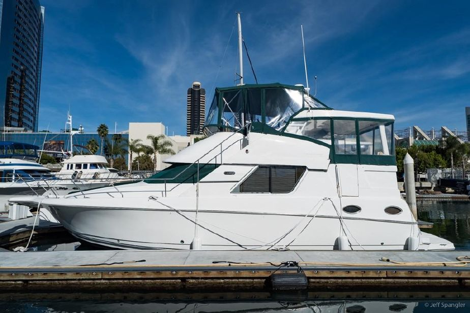 Silverton 43 Motor Yacht United States For Sale Page 3