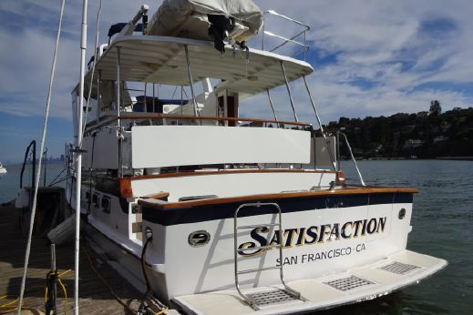 2001 Defever 49 Cockpit Motor Yacht