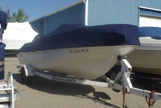 2001 Boston Whaler 180 Dauntless