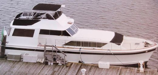 1972 Chris-Craft 55 Commander Flushdeck Motoryacht