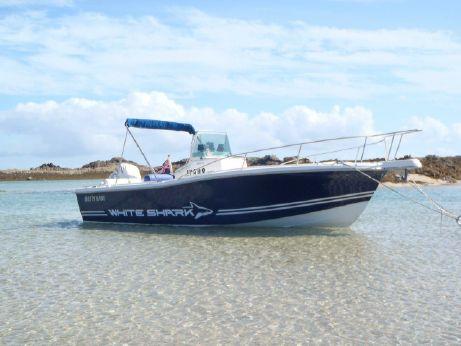 1999 White Shark 225