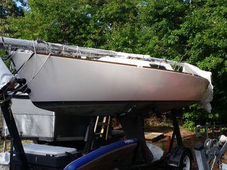 1984 J Boats 22