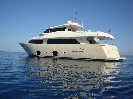 2010 Custom Line Navetta 26