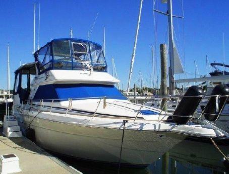 1990 Sea Ray 380 Aft Cabin Motor Yacht