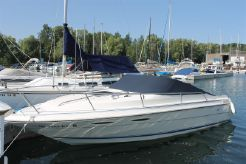 1989 Sea Ray 230 Cuddy Cabin