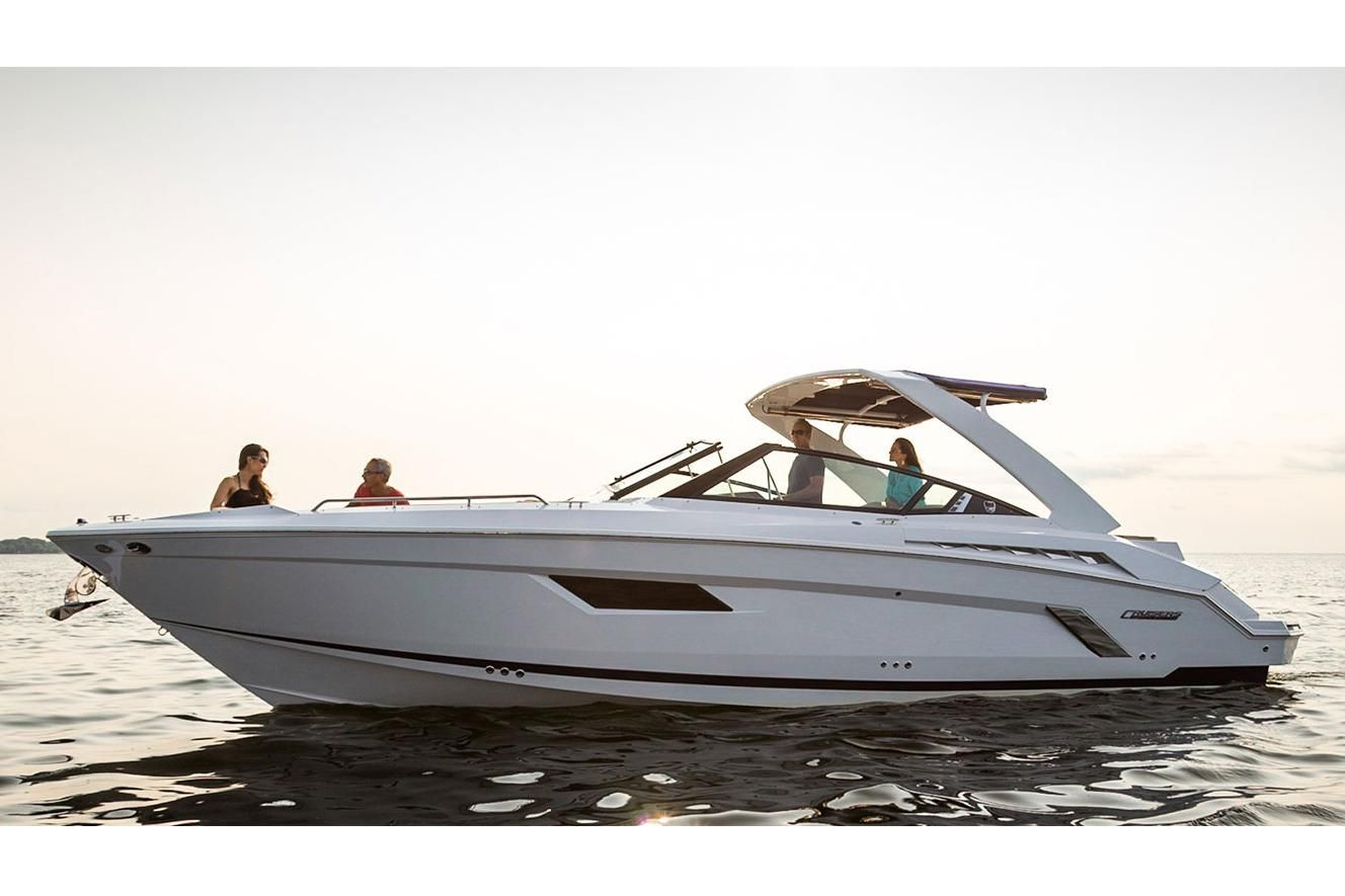 2018 Cruisers Sport Series 338 Bow Rider Power Boat For Sale