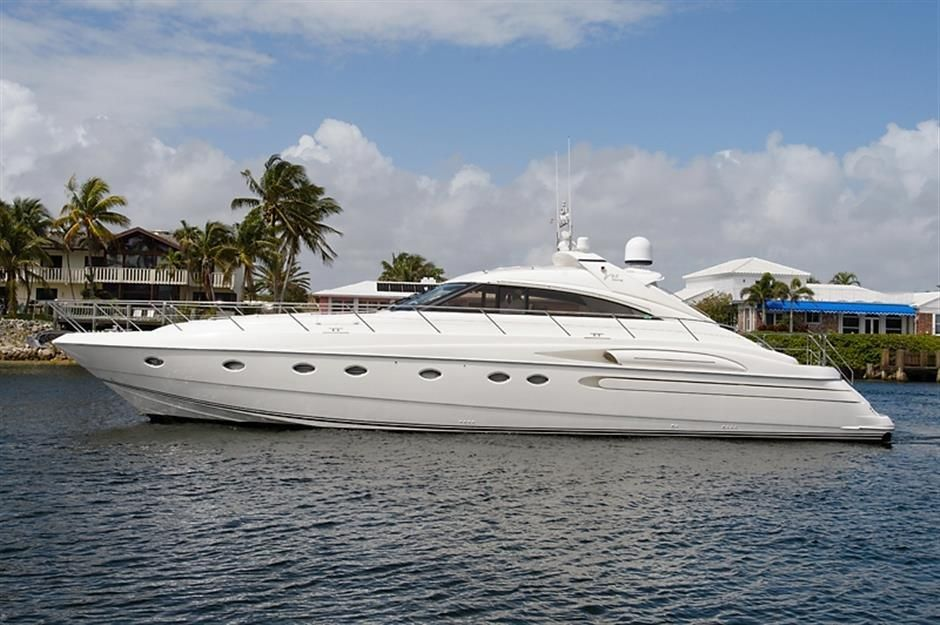 2004 princess yachts 65 motor yacht sport cruiser motore for 85 viking motor yacht