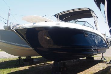 2020 Sea Ray 270 SDX Outboard