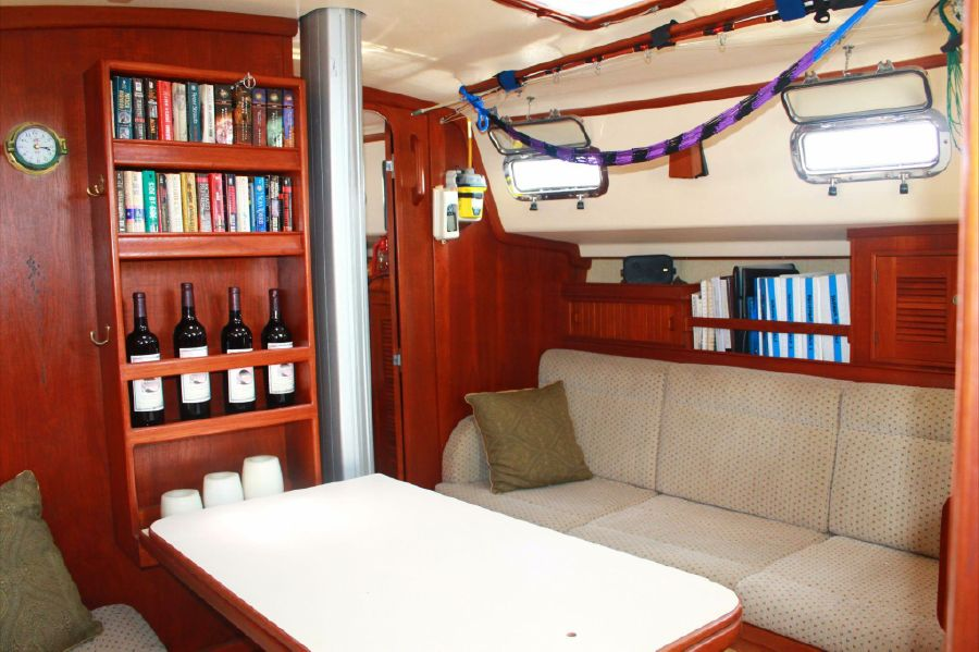 Island Packet 320 Sailboat for sale