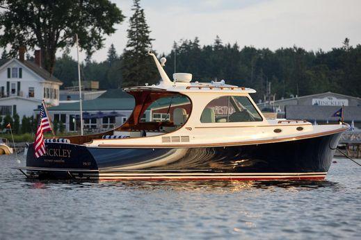 2018 Hinckley Picnic Boat 37 MKIII