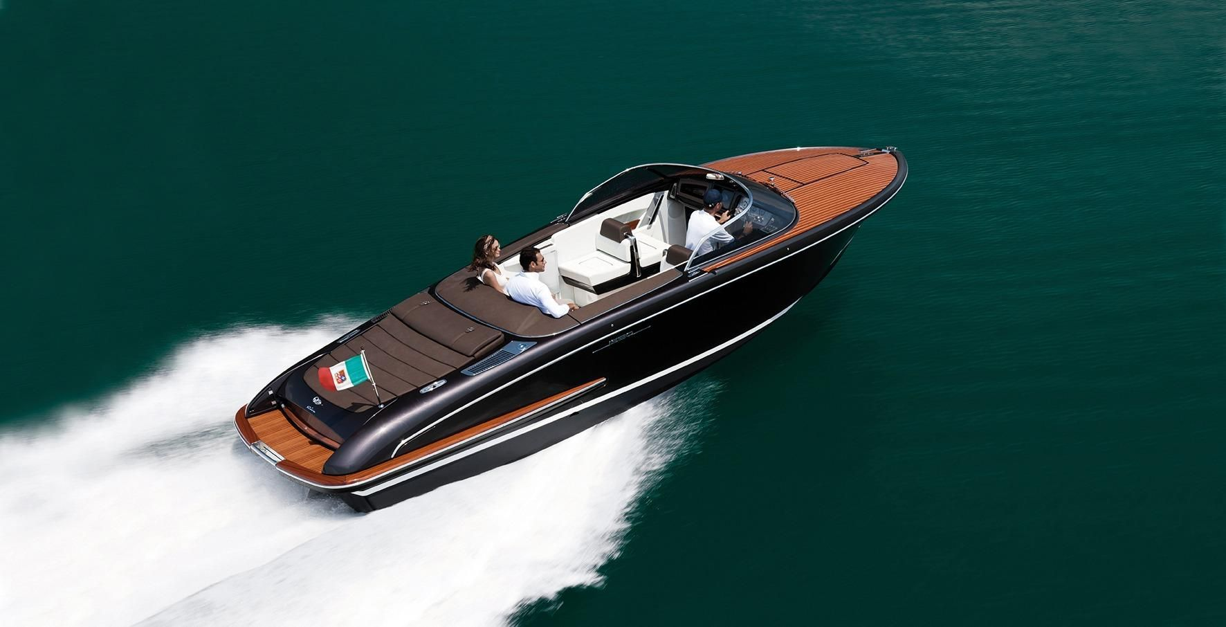 2013 Riva Iseo Power Boat For Sale Www Yachtworld Com