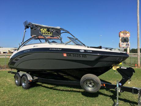 2013 Yamaha Boats AR240  High Output