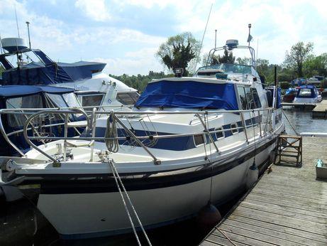 1996 Aquastar Ocean Ranger 33 Aft Cabin