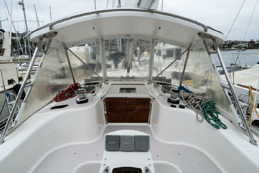 Catalina 470 Cockpit