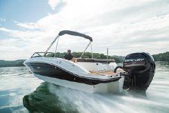 2019 Sea Ray SPX Series 210 OB