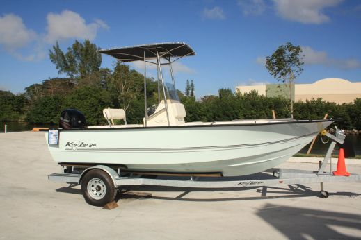 2014 Key Largo 196 Center Console