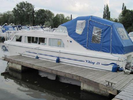 2018 Viking 28 Canal Boat