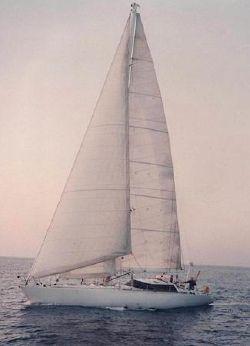 1990 Yvelines 57ft Aluminium Cutter