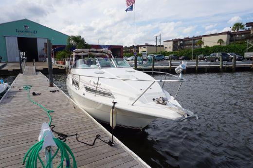 1993 Cruisers Yachts 2670 Rogue