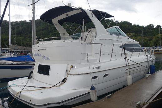2000 Cruiser Yacht 445
