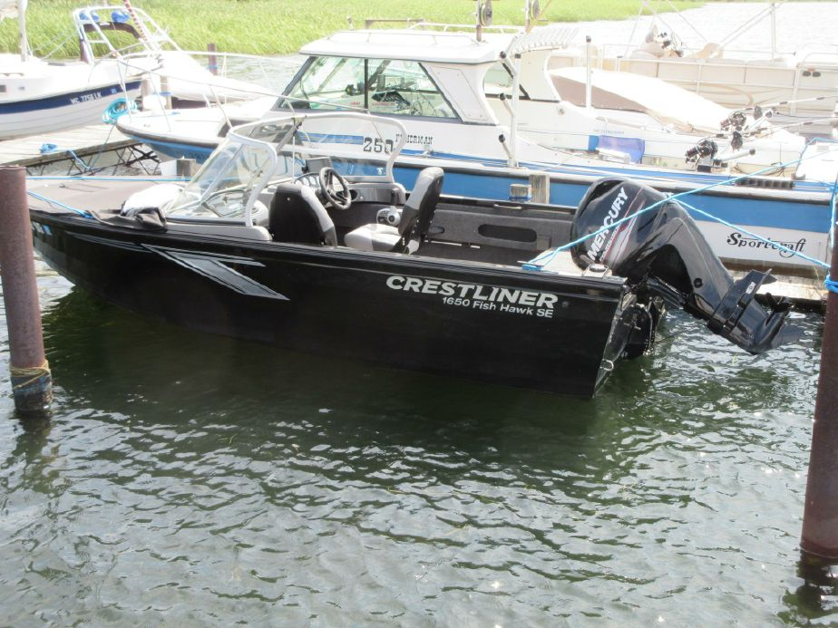 2019 Crestliner 1650 Fish Hawk Power Boat For Sale - www