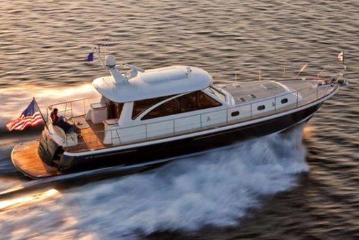 2015 Hunt Yachts 52