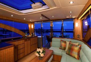 thumbnail photo 2: 2012 Hunt Yachts 52