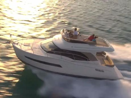 2016 Carver Yachts C34 Command Bridge