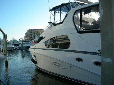 2003 Silverton 352 Motor Yacht