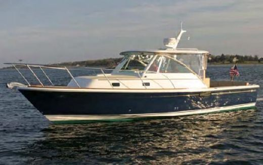 2015 Hunt Yachts Surfhunter 29