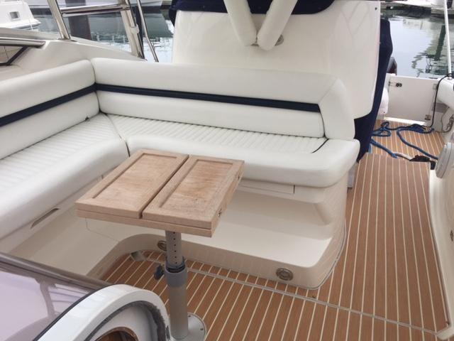 Sunseeker 37 Sportfisher Cockpit Seating