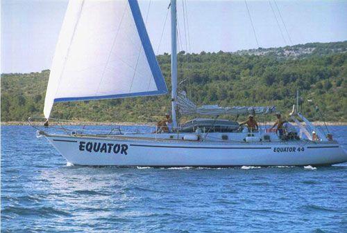 2001 Equator 44'