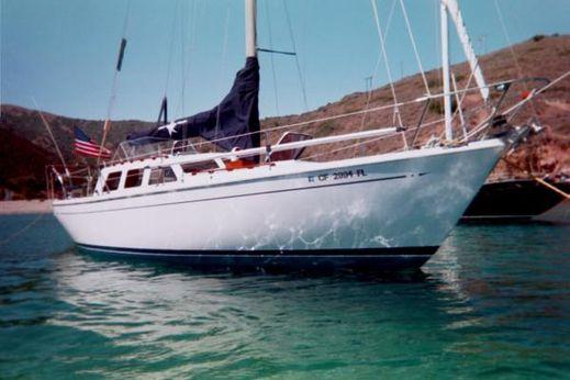1975 Cal 35